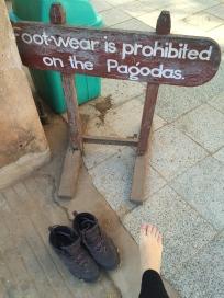 Chaussures et chaussettes interdits!!!